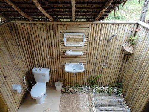 contoh kamar mandi di kemah glamping